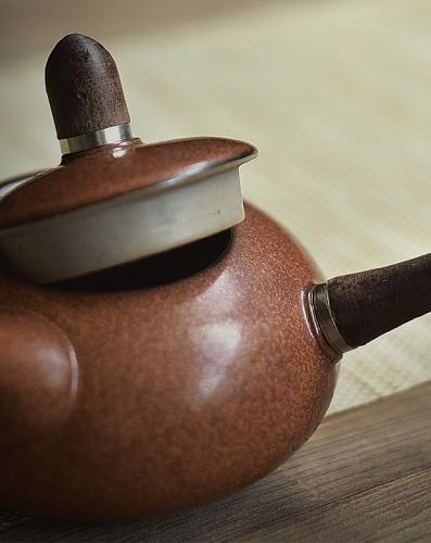 teapot-holz-griff-1