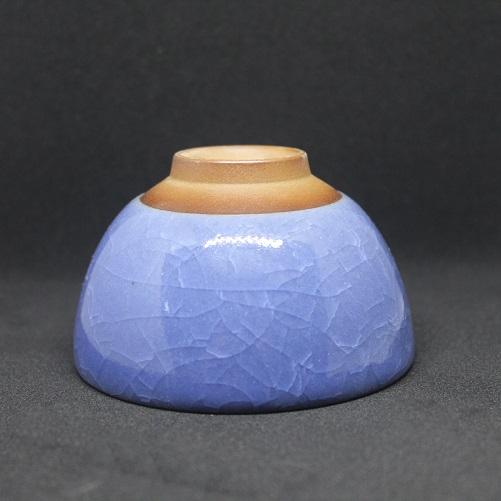 celadon-blau